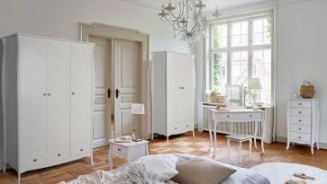 Steens - białe meble pokojowe w stylu prowansalskim Baroque