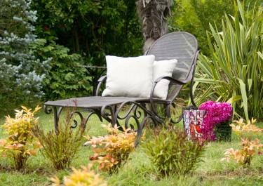 Leżaki ogrodowe – jak wybrać najlepszy?