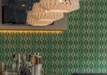 Jakie meble do zielonych ścian?