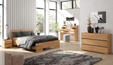 Meble sypialniane w naturalnym odcieniu drewna bukowego