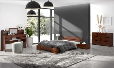 Zestaw drewnianych mebli do sypialni z toaletką i lustrem