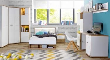 Nowoczesna sypialnia z białymi meblami