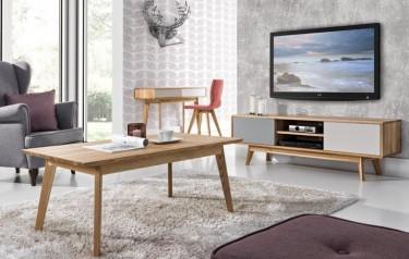 Zestaw drewnianych mebli salonowych w stylu skandynawskim