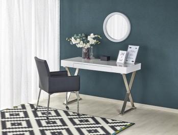 Białe biurko lakierowane z szufladą i czarne krzesło ze skóry ekologicznej na kółkach
