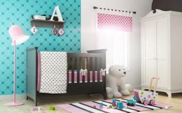 Dwudrzwiowa biała szafa oraz łóżeczko z funkcją tapczanika i wisząca czarna półka na ozdoby