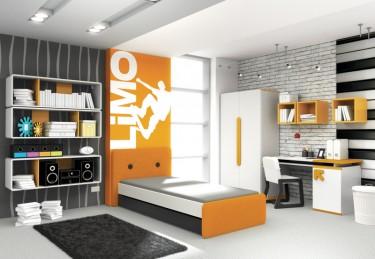 Zestaw białych mebli z pomarańczowymi wstawkami do pokoju młodzieżowego