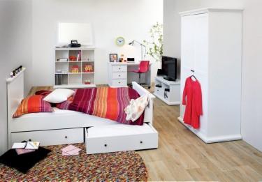 Prowansalskie meble do pokoju młodzieżowego w kolorze białym