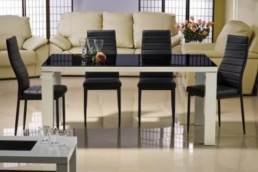 Krzesła bez podłokietników na metalowych nogach tapicerowane ekologiczną skórą