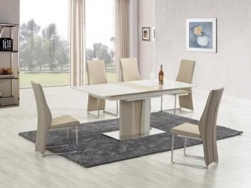 Nowoczesny stół rozkładany na jednej nodze w towarzystwie krzeseł tapicerowanych skórą ekologiczną