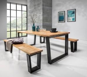 Nierozkładany stół i ławki na stalowych nogach w stylu industrialnym pokryte ochronnym olejowoskiem