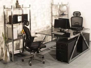 Obrotowe krzesła na kółkach oraz biurka z blatem ze szkła hartowanego i metalowe kontenerki z szufladami