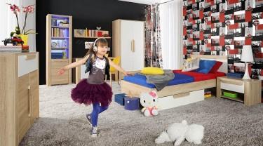 Pokój dziewczęcy z zestawem mebli w imitacji drewna