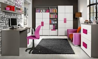 Zestaw kolorowych mebli dla dziewczynki z biurkiem komputerowym i szafą na ubrania
