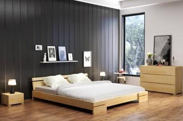 Niskie łóżko do sypialni oraz komoda i szafki nocne z naturalnego drewna sosnowego