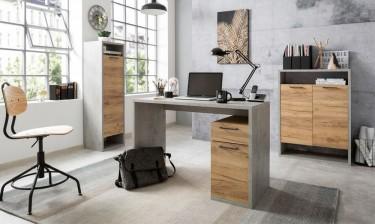 Zamknięte regały oraz nowoczesne biurko z szafką w dekorze betonu i drewna