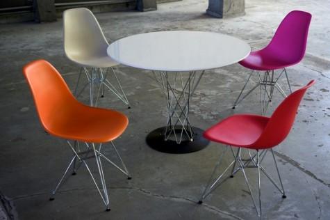D2 - krzesła, fotele i stoły z tworzywa typu DSW