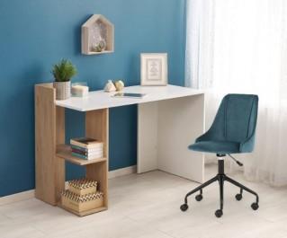 Nowoczesne biurko z regałem do przechowywania oraz krzesło obrotowe z niskimi podłokietnikami