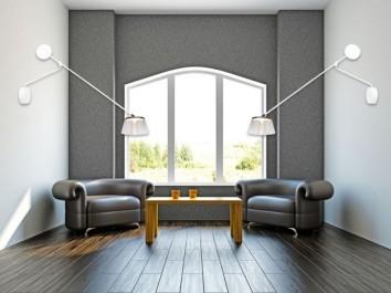 Designerskie kinkiety z akrylowym kloszem oraz tapicerowane ekoskórą eleganckie fotele