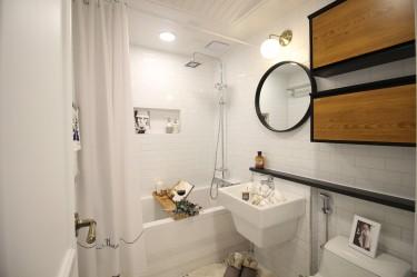 Jak wybrać lustro do małej łazienki?