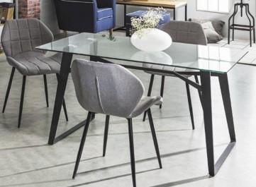 Jak dbać o szklany stół?