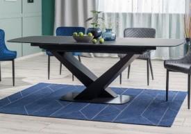 Nowoczesny stół rozkładany na dwóch nogach Cassino I czarny mat