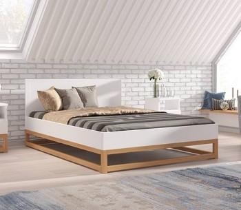 Drewniane łóżko sypialniane w stylu skandynawskim Visby Karin