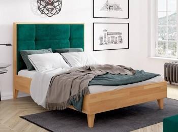 Bukowe łóżko z wysokim wezgłowiem tapicerowanym Frida