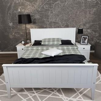 Białe łóżko do sypialni na nogach Siena