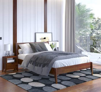 Łóżko sosnowe na wysokich nóżkach Radom