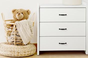 Biała komoda dziecięca z trzema szufladami Amelia