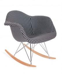 Tapicerowany fotel bujany Plush Rar tetris biało czarny