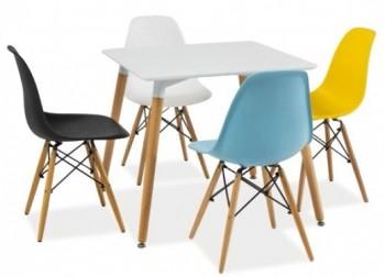 Biały kwadratowy stół z drewnianymi nogami Nolan II