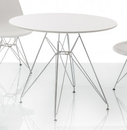 Stół na metalowym stelażu Nitro