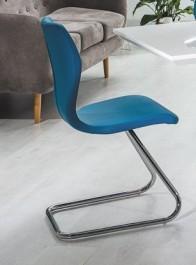 Krzesło na chromowanej płozie H677