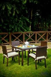Zestaw stołowy na taras Adorazione