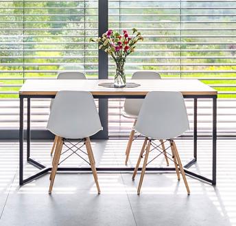 Stół z blatem z litego drewna Rude