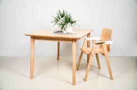 Nierozkładany stół z litego drewna jesionowego T