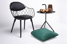 Krzesło z drucianym siedziskiem i poduszkami Demon