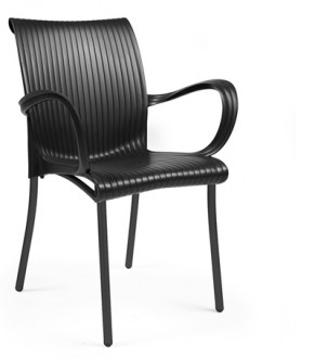 Krzesło do kawiarni na metalowych nogach Dama